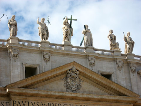 Vatican City: Statues over the entrance to St. Peter's Basilica