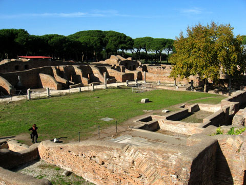 Ostia Antica: The palæstra of the Baths of Neptune